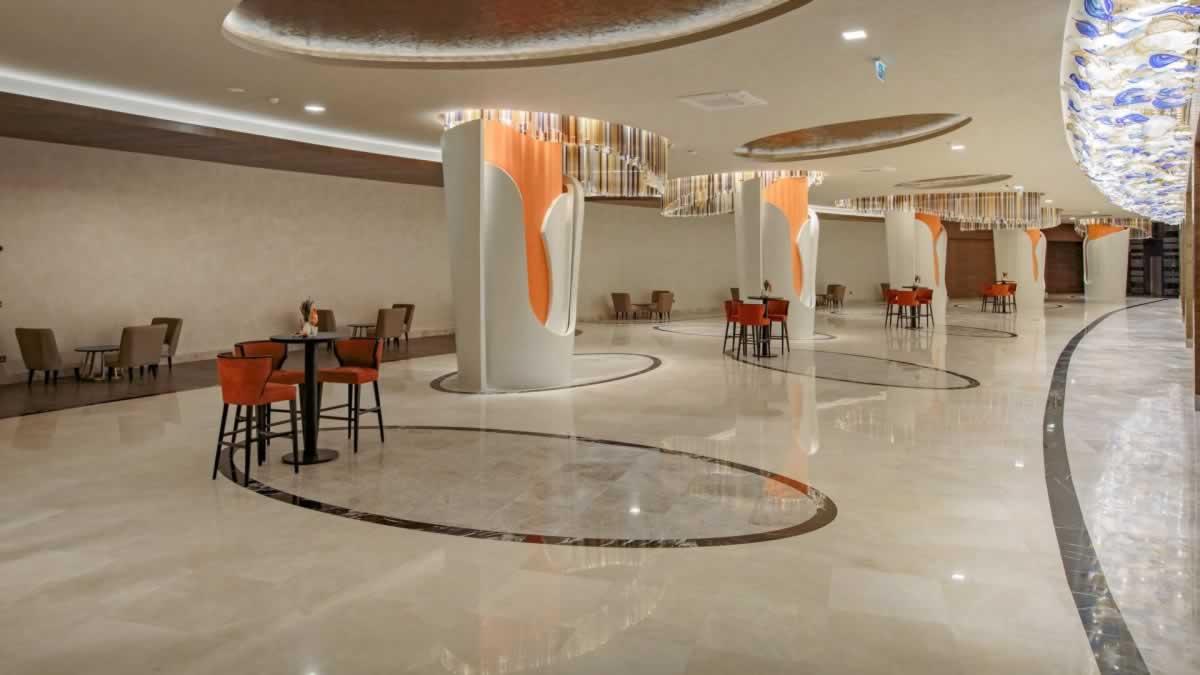 1-RoyalSeginus-Hotel-Kundu- (21)