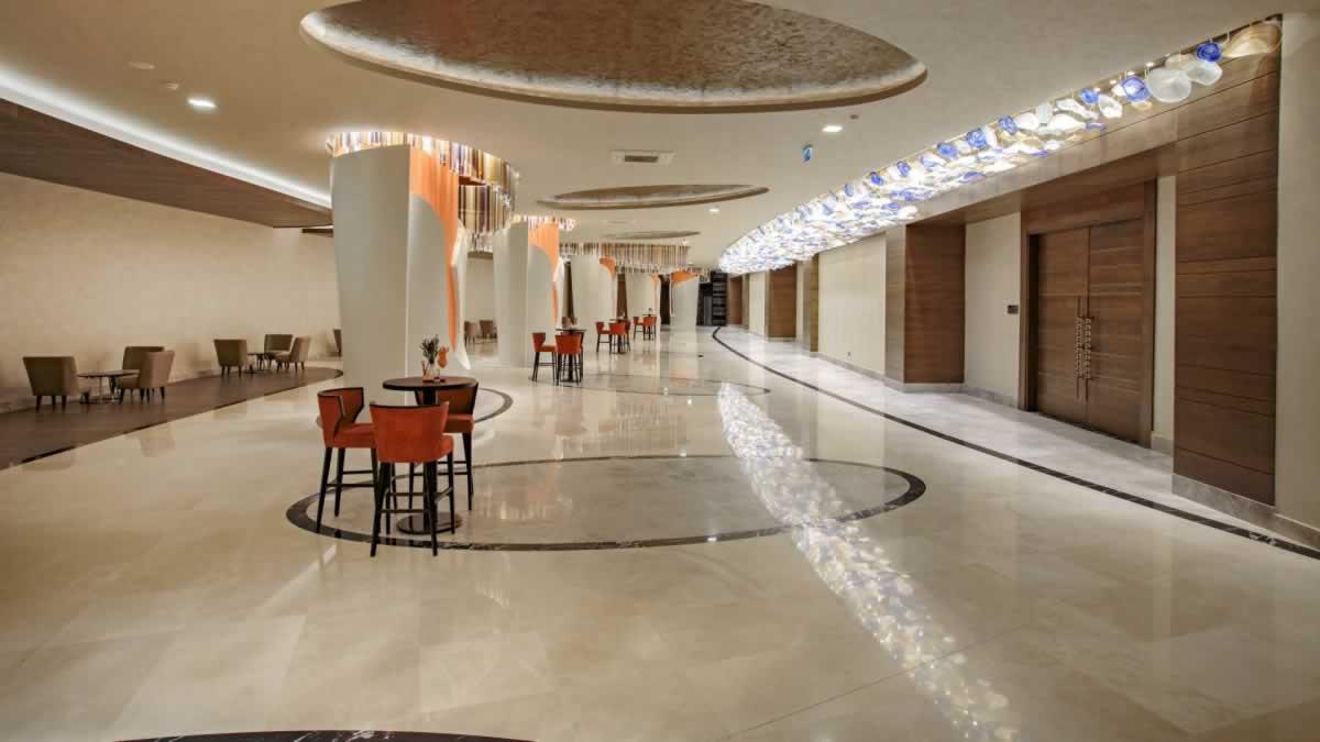 1-RoyalSeginus-Hotel-Kundu- (22)